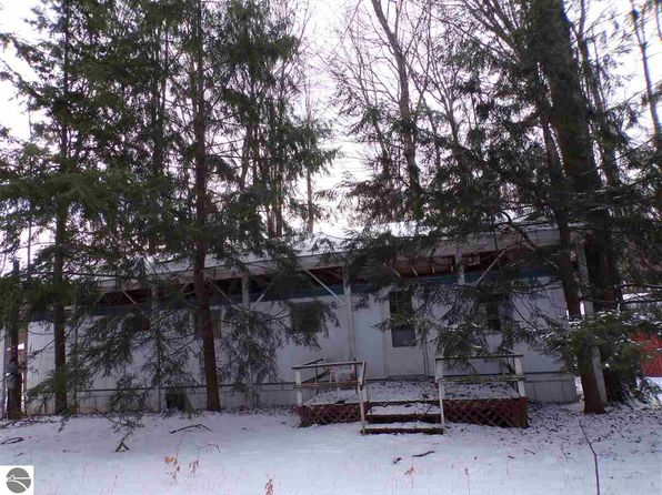 2 bed 1 bath Single Family at 652 Osceola Rd Cadillac, MI, 49601 is for sale at 15k - 1 of 8