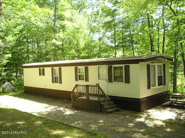 2 bed 1 bath Mobile / Manufactured at 5723 E Marquette Trl Chase, MI, 49623 is for sale at 30k - 1 of 14