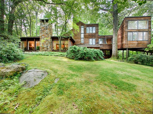 5 bed 4 bath Single Family at 109 Laurel Hill Rd Mountain Lakes, NJ, 07046 is for sale at 1.02m - 1 of 46
