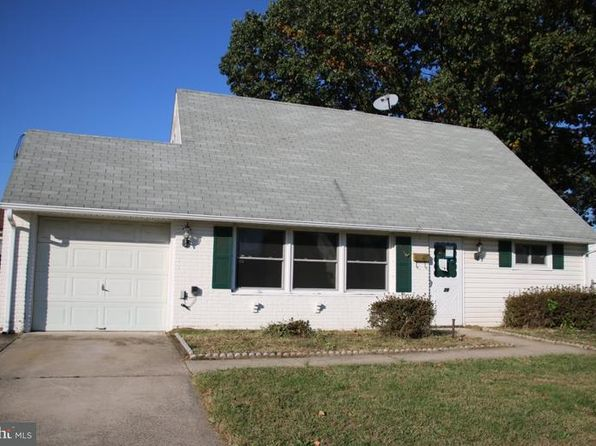 3 bed 2 bath Single Family at 39 CANDYTUFT RD LEVITTOWN, PA, 19057 is for sale at 180k - 1 of 13