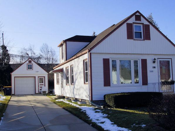 2 bed 1 bath Single Family at 8515 W Hayes Ave West Allis, WI, 53227 is for sale at 139k - 1 of 17