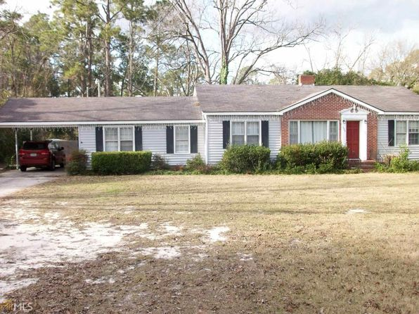 3 bed 2 bath Single Family at 626 Sycamore St Swainsboro, GA, 30401 is for sale at 70k - 1 of 4