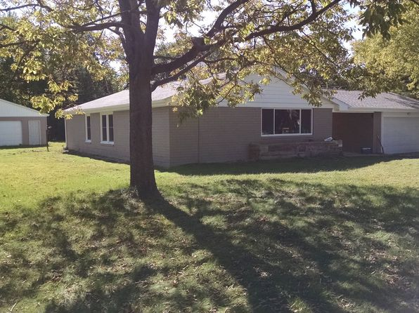 3 bed 2 bath Single Family at 2545 Brooks Dr Decatur, IL, 62521 is for sale at 117k - 1 of 9