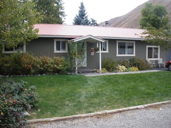 3 bed 2 bath Single Family at 220 W Cottonwood St Hailey, ID, 83333 is for sale at 250k - 1 of 11