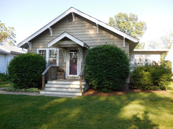 2 bed 1 bath Single Family at 1217 Sherman St Danville, IL, 61832 is for sale at 60k - 1 of 31