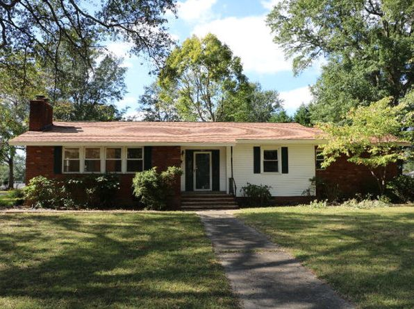 3 bed 2 bath Single Family at 1104 S Lafayette St Shelby, NC, 28152 is for sale at 125k - 1 of 16