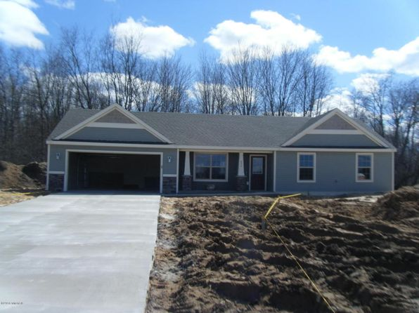 3 bed 2 bath Single Family at  Foxglove Dr Middleville, MI, 49333 is for sale at 195k - 1 of 12