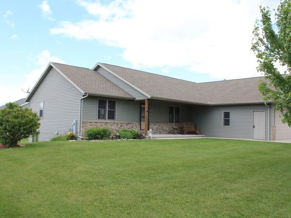 3 bed 3 bath Single Family at 341 Clover Ln Lomira, WI, 53048 is for sale at 233k - 1 of 15