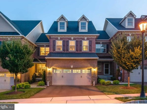 4 bed 3.5 bath Townhouse at 102 Saint James Dr Langhorne, PA, 19047 is for sale at 595k - 1 of 24