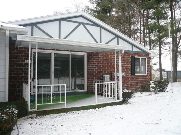 2 bed 1 bath Condo at 5855 Leisure South Dr SE Kentwood, MI, 49548 is for sale at 104k - 1 of 15