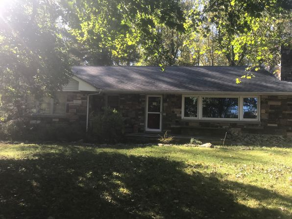 3 bed 2 bath Single Family at 502 Charlestown Rd Hampton, NJ, 08827 is for sale at 339k - 1 of 6