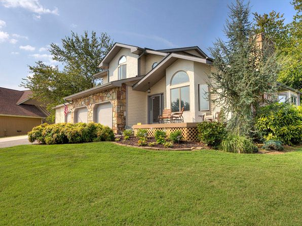 4 bed 4 bath Single Family at 119 Tooweka Cir Loudon, TN, 37774 is for sale at 300k - 1 of 30
