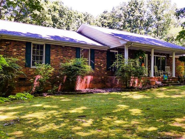 3 bed 2 bath Single Family at 1130 Flinty Knoll Rd Pinnacle, NC, 27043 is for sale at 245k - 1 of 29
