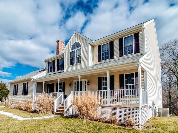4 bed 4 bath Single Family at 7 Harbor Meadows Ln Westport, MA, 02790 is for sale at 549k - 1 of 29