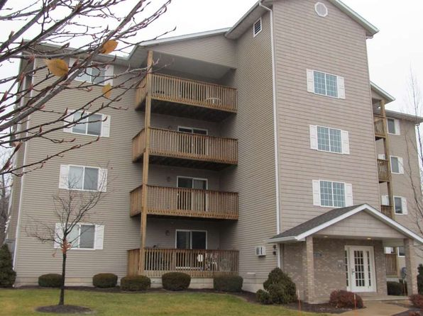2 bed 2 bath Condo at 4018 Creek Hill Dr Bettendorf, IA, 52722 is for sale at 144k - 1 of 22