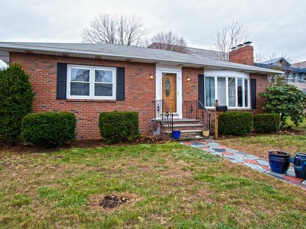 2 bed 1 bath Single Family at 42 School St Milford, MA, 01757 is for sale at 260k - 1 of 20