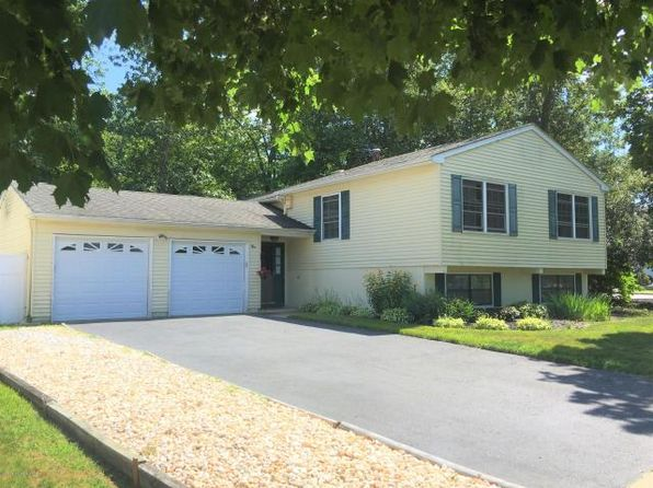 4 bed 3 bath Single Family at 2 Colonial Ct Howell, NJ, 07731 is for sale at 350k - 1 of 26