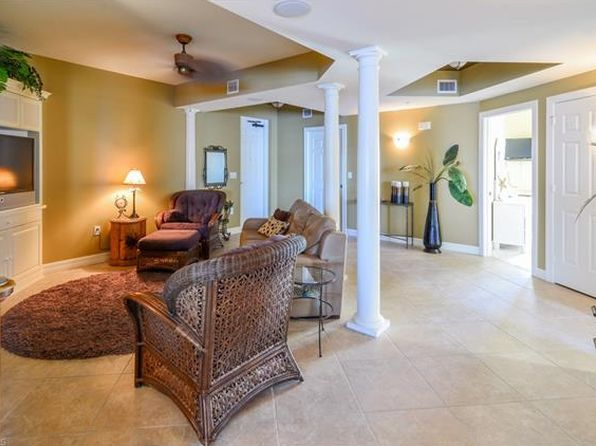 3 bed 3 bath Condo at 2797 1st St Fort Myers, FL, 33916 is for sale at 350k - 1 of 25