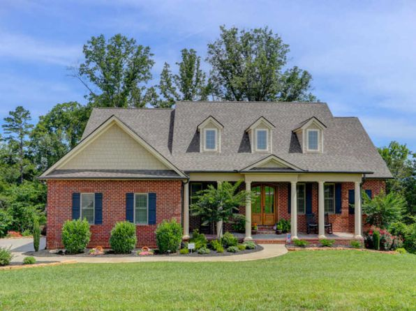4 bed 3.5 bath Single Family at 4108 Kirkstone Ln Knoxville, TN, 37918 is for sale at 460k - 1 of 39