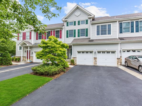 3 bed 4 bath Townhouse at 6 Spring Hollow Rd Old Tappan, NJ, 07675 is for sale at 665k - 1 of 24