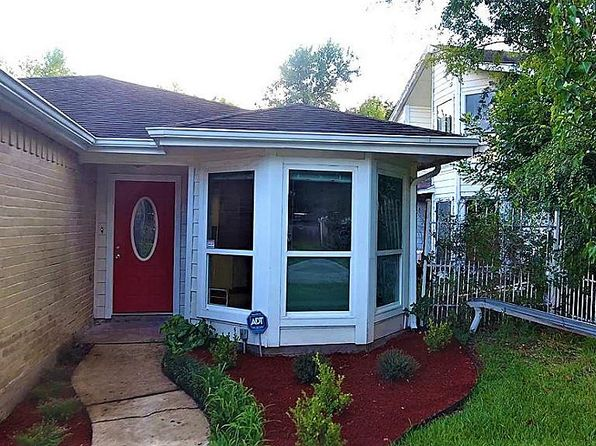 3 bed 2 bath Single Family at 12709 Westpark Dr Houston, TX, 77082 is for sale at 154k - 1 of 32