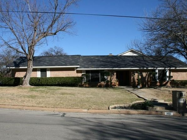 3 bed 4 bath Single Family at 2016 NW 4th Ave Mineral Wells, TX, 76067 is for sale at 383k - 1 of 30