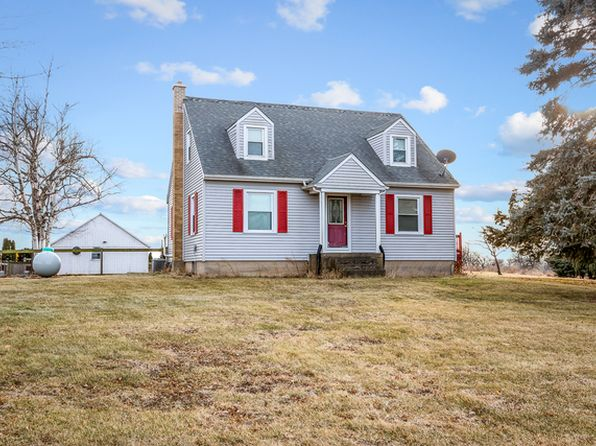 4 bed 3 bath Single Family at 49W435 Plank Rd Sycamore, IL, 60178 is for sale at 320k - 1 of 29