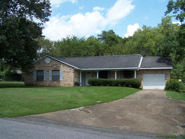 3 bed 2 bath Single Family at 121 Shady Heights Dr Livingston, AL, 35470 is for sale at 123k - 1 of 11