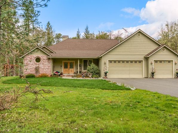 4 bed 3 bath Single Family at 139 Hampshire Cir Grants Pass, OR, 97526 is for sale at 499k - 1 of 35