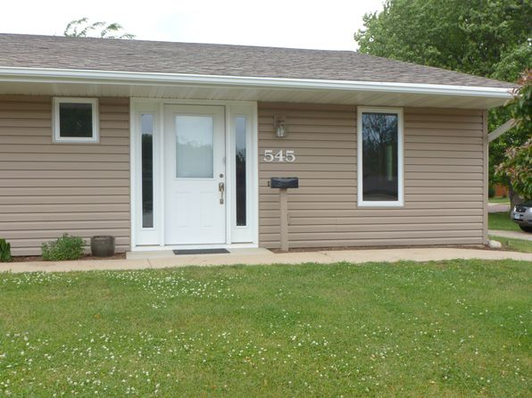 2 bed 1 bath Single Family at 545 River Bluff Dr Windom, MN, 56101 is for sale at 60k - 1 of 9