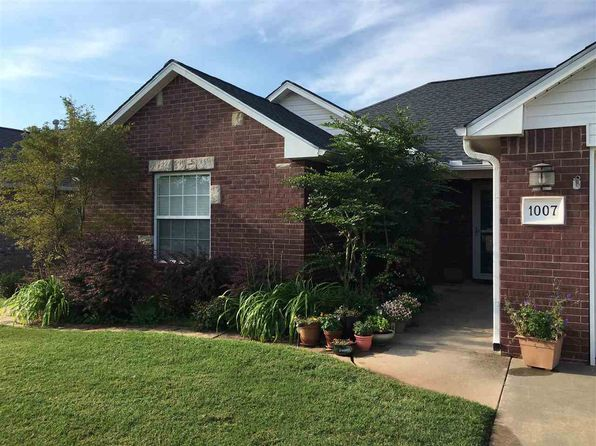 3 bed 2 bath Single Family at 1007 Lauren Ln Stillwater, OK, 74075 is for sale at 148k - 1 of 25