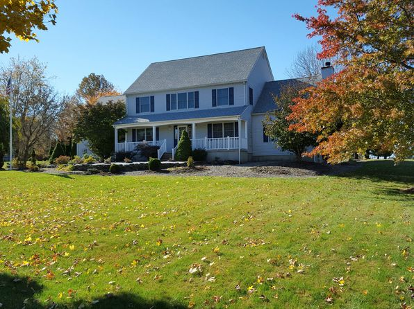 5 bed 3 bath Single Family at 17 Warne Way Washington, NJ, 07882 is for sale at 377k - google static map