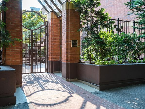 1 bed 1 bath Condo at 1500 SW Park Ave Portland, OR, 97201 is for sale at 338k - 1 of 28