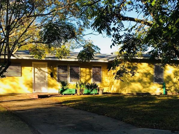 4 bed 2 bath Single Family at 1002 16th Ave N Texas City, TX, 77590 is for sale at 109k - 1 of 24