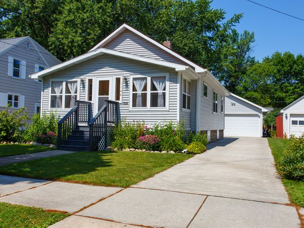 2 bed 1 bath Single Family at 1144 13th Ave Green Bay, WI, 54304 is for sale at 125k - 1 of 17