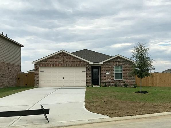 3 bed 2 bath Single Family at 22402 Bauer Canyon Dr Hockley, TX, 77447 is for sale at 183k - 1 of 8