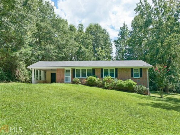 3 bed 2 bath Single Family at 6897 Bankhead Hwy Douglasville, GA, 30134 is for sale at 115k - 1 of 25