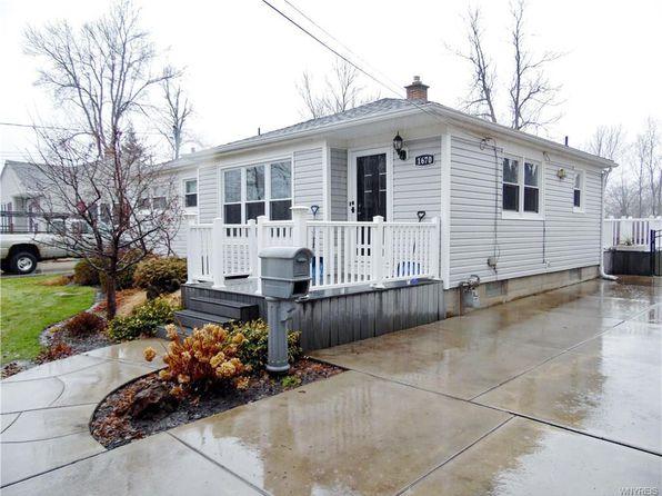 3 bed 1 bath Single Family at 1670 Forbes St North Tonawanda, NY, 14120 is for sale at 148k - 1 of 19