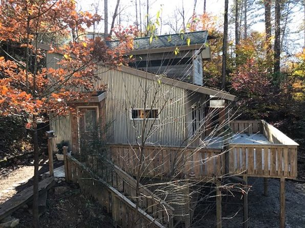 2 bed 1 bath Single Family at 26/30 Yodelers Holler Bryson City, NC, 28713 is for sale at 159k - 1 of 41