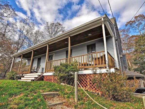 3 bed 2 bath Single Family at 8 Cranberry Ave Mashpee, MA, 02649 is for sale at 385k - 1 of 25
