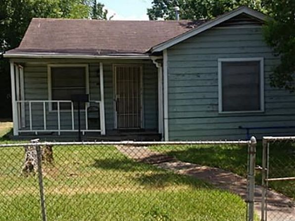 2 bed 1 bath Single Family at 6815 Stearns St Houston, TX, 77021 is for sale at 70k - 1 of 8