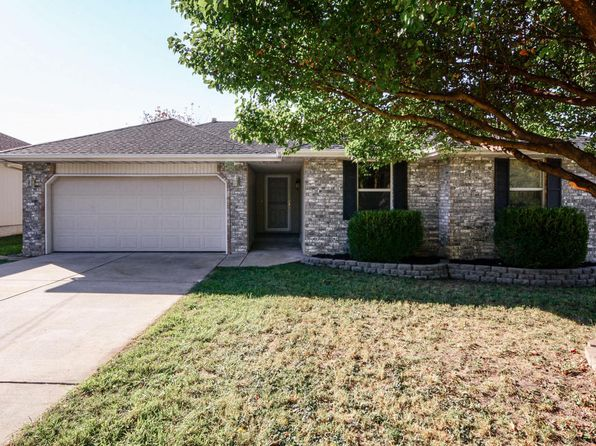 3 bed 2 bath Single Family at 3232 W Calhoun St Springfield, MO, 65802 is for sale at 118k - 1 of 25