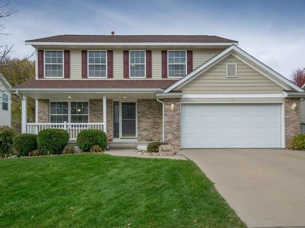 4 bed 3 bath Single Family at 1120 English Ln NE Cedar Rapids, IA, 52402 is for sale at 217k - 1 of 22