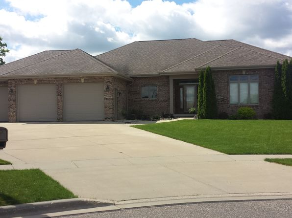 3 bed 3 bath Single Family at 1720 Magnolia Ct Sauk City, WI, 53583 is for sale at 369k - 1 of 18