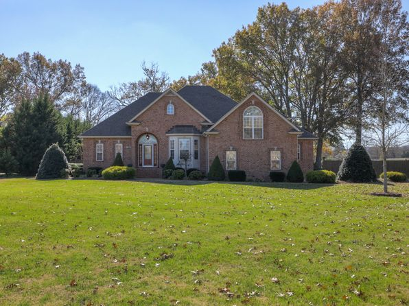 3 bed 5 bath Single Family at 311 Barton Ferry Ct Lebanon, TN, 37087 is for sale at 485k - 1 of 30