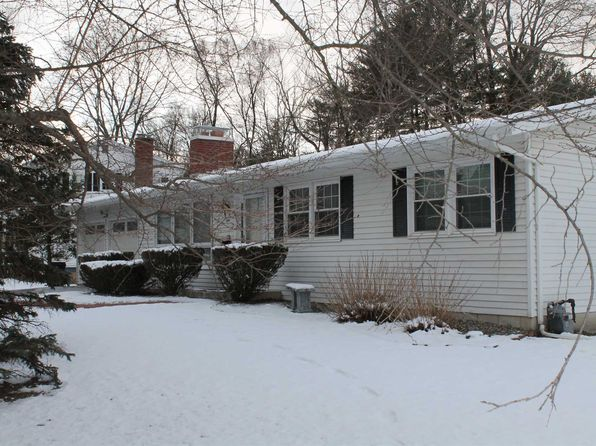 3 bed 2 bath Single Family at 1 Philmore Dr Poughkeepsie, NY, 12603 is for sale at 228k - 1 of 28