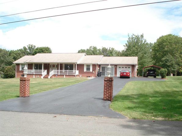 3 bed 2 bath Single Family at 489 Summit Dr Peterstown, WV, 24963 is for sale at 225k - google static map