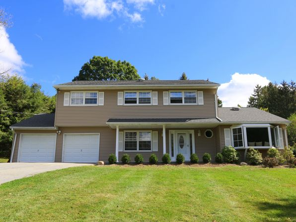 4 bed 3 bath Single Family at 96 Sunset Dr Patterson, NY, 12563 is for sale at 349k - 1 of 21
