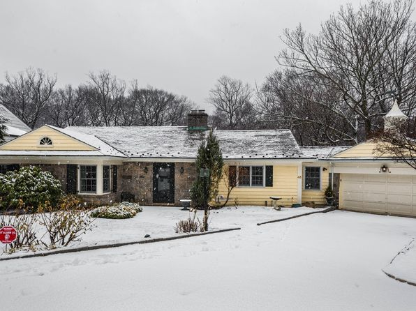 3 bed 3 bath Single Family at 48 Oakledge Rd Bronxville, NY, 10708 is for sale at 1.10m - 1 of 21