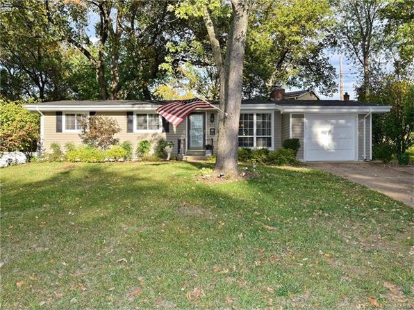4 bed 2 bath Single Family at 912 NANA LN SAINT LOUIS, MO, 63131 is for sale at 280k - 1 of 41